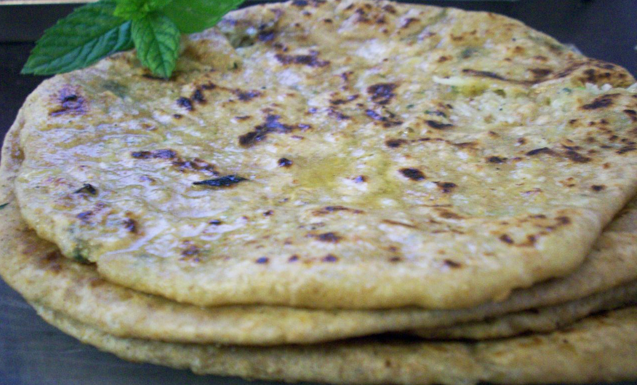 how to make lachha paratha at home in hindi
